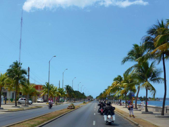 Sur les routes de Cuba